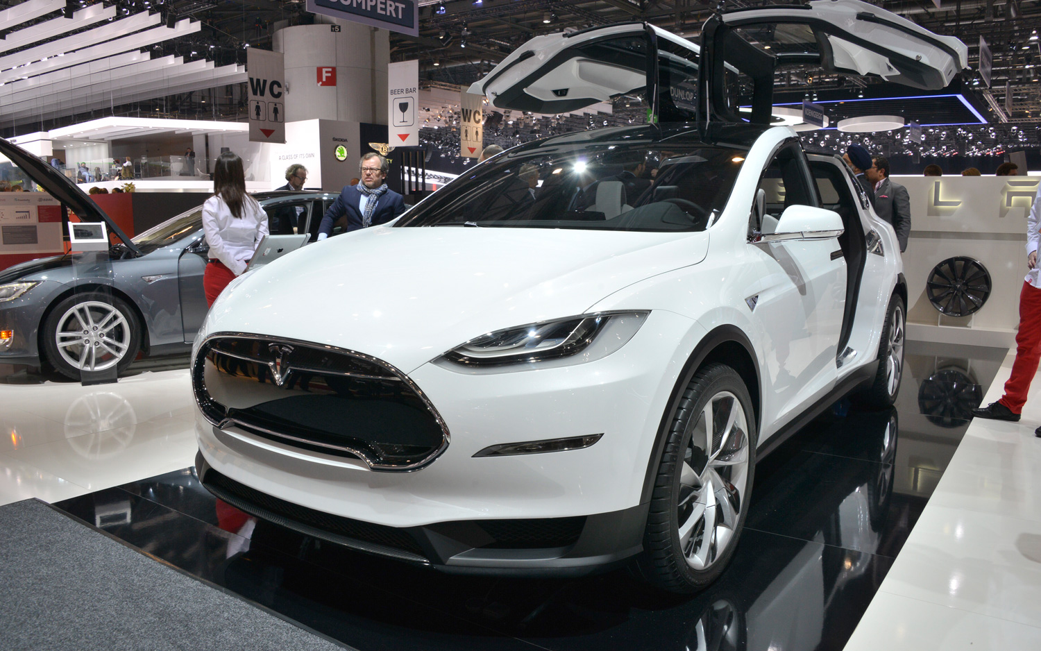 Tesla Model X MSRP is $74,900